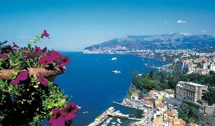 Trasferimento da Napoli a Sorrento con stop Pompei